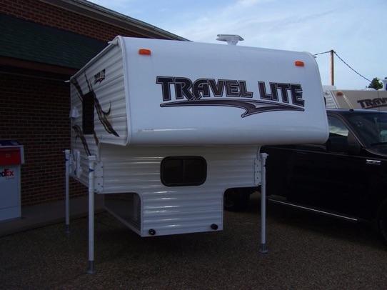 2016 Travel Lite 690FD Truck Camper